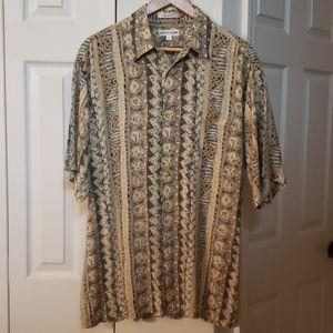 Pierre Cardin pattern short sleeve shirt EUC